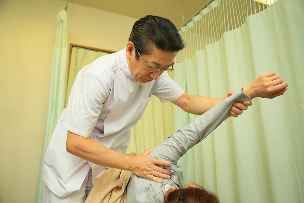 慢性痛:頭痛、肩こり、腰痛など長引く痛みの症状